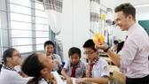 Giờ học TATH của lớp 6/7 Trường THCS Phan Văn Trị luôn vui nhộn