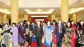 Tổng Bí thư Nguyễn Phú Trọng gặp mặt các nữ đại biểu Quốc hội
