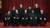 Các thẩm phán của Tòa án Tối cao Mỹ. Ảnh: New York Times
