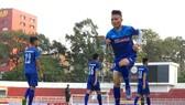 Quang Hải là một trong số ít cầu thủ lứa U20 được thi đấu tại CLB Ảnh: Hoàng Hùng