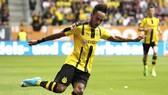 Chân sút Pierre-Emerick Aubameyang sẽ biến Milan thành ứng viên vô địch Serie A.