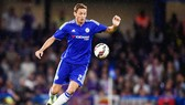 Nemanja Matic (Chelsea) sẽ là thương vụ lớn cuối cùng của Juventus.