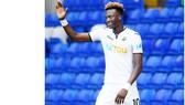 Tammy Abraham tỏa sáng giúp Swansea có sự chuẩn bị tốt trước mùa giải mới.