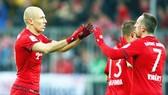 Tuổi tác của Franck Ribery (phải) và Arjen Robben không còn thích hợp để chơi cho Super League Trung Quốc.