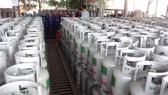 Từ ngày 1-9, giá gas tăng 16.000 /bình 12kg. Ảnh T.L