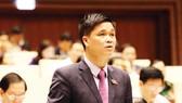 Đại biểu Quốc hội TP Hà Nội Ngọ Duy Hiểu phát biểu tại hội trường