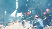 Vụ cháy kho chứa vải tại phường Bình Hưng Hòa, quận Bình Tân