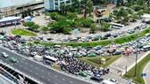 Cần làm đường độc đạo ra vào Cảng HKQT Tân Sơn Nhất