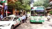 Xử phạt hành vi chiếm dụng hạ tầng xe buýt