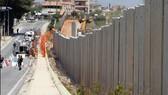 Israel bắt đầu xây tường dọc biên giới Lebanon