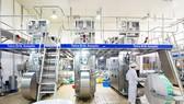 Dây chuyền sản xuất sữa bột pha sẵn hiện đại của NutiFood