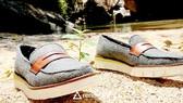 Giày làm từ tảo biển và nhựa tái chế