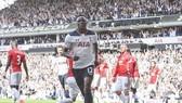 Tottenham (áo trắng) trong trận thắng Man.Utd 2 - 1. Ảnh: Dailymail