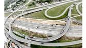 Hợp tác đầu tư PPP sẽ giúp phát triển hạ tầng giao thông TPHCM. Ảnh: Cao Thăng