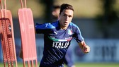 Federico Chiesa trên sân tập tuyển U21 Italia.