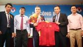 HLV Miguel  Rodrigo chính thức được giao trọng trách dẫn dắt ĐT futsal Việt Nam. Ảnh: VFF