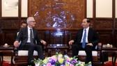 Chủ tịch nước Trần Đại Quang tiếp Tổng thư ký Interpol Jurgen Stock