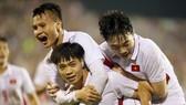 Công Phượng vui mừng sau pha ghi bàn vào lưới Hàn Quốc, quân bình tỷ số 1-1 cho U22 Việt Nam.