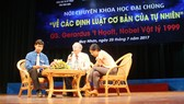 Giáo sư Nobel Vật lý 1999 nói chuyện về khoa học, vật lý với sinh viên bạn trẻ tại Bình Định