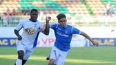 Lịch thi đấu vòng 17 Nuti Cafe V.League 2018: Than Quảng Ninh đối đầu Hà Nội