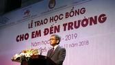 Tổng Giám đốc Công ty Ajinomoto Việt Nam, ông Keiji Kaneko phát biểu tại Lễ trao học bổng.