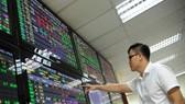Cải thiện chất lượng để thu hút vốn vào thị trường chứng khoán
