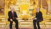 Tổng Bí thư, Chủ tịch nước Nguyễn Phú Trọng hội đàm với Quốc vương Campuchia Norodom Sihamoni. Ảnh: TTXVN