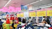 Thời trang Việt chật vật cạnh tranh với hàng nhập khẩu