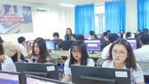 Một giờ học hướng nghiệp có sử dụng phần mềm công nghệ tại Trường THPT Nguyễn Du (quận 10)