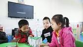 Không cấm bổ sung vi chất dinh dưỡng vào sữa học đường nhưng phải phù hợp