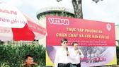 Ông Ko Chung Chih - Phó Tổng Giám đốc Vedan Việt Nam phát biểu tại buổi thực tập