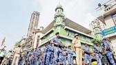 An ninh được thắt chặt trên toàn Ấn Độ trước và sau khi phán quyết được đưa ra. Ảnh: Reuters