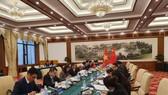 Thứ trưởng Bộ Ngoại giao Lê Hoài Trung hội đàm với Thứ trưởng Ngoại giao Trung Quốc La Chiếu Huy. Ảnh: Thế giới và Việt Nam