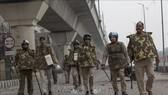 Cảnh sát Ấn Độ được triển khai tại New Delhi ngày 17-12. Ảnh: THX/TTXVN
