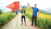 """Quang Trần (trái) là gương mặt quen thuộc ở các đường đua marathon có chiều dài """"khủng"""". Ảnh: NVCC"""