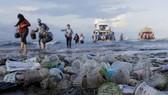 Ký thỏa thuận hợp tác công tư về kinh tế tuần hoàn trong quản lý rác thải nhựa
