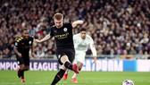 """Lượt đi vòng 16 đội Champions League 2020: Real Madrid """"sụp đổ"""" trước Manchester City"""