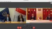 Chủ tịch Tòa Trọng tài Quốc tế về Luật Biển (ITLOS) Jin-Hyun Paik (trái) và Bộ trưởng Nội vụ và Luật pháp Singapore K. Shanmugam (phải). Ảnh: straitstimes.com