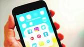 Ứng dụng Twitter và Facebook trên điện thoại thông minh
