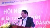 Thứ trưởng Hoàng Vĩnh Bảo phát biểu chỉ đạo tại Hội nghị. Ảnh: Bộ TT-TT