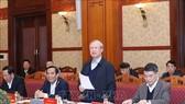 Đồng chí Trần Quốc Vượng chủ trì Phiên họp. Ảnh: TTXVN