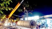 Thi công lắp đặt tuyến ống tại dự án Phát triển mạng cấp 1 tuyến đường Nguyễn Cửu Phú