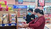 Người tiêu dùng tiếp cận hàng Việt giá tốt nhờ hoạt động bình ổn thị trường của doanh nghiệp