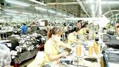 May xuất khẩu tại Tổng Công ty Phong Phú, TP Thủ Đức. Ảnh: CAO THĂNG