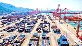 Cảng biển vận chuyển hàng hóa tại Giang Tô, Trung Quốc