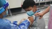 Trung Quốc bắt đầu tiêm chủng cho trẻ từ 3-11 tuổi