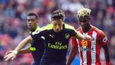 Arsenal - Sunderland: Còn nước, còn tát