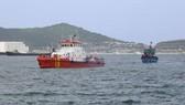 Kịp thời đưa ngư dân bị nạn trên biển vào đất liền