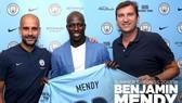 Cầu thủ trẻ Benjamin Mendy (giữa)