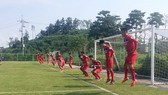 HLV Hữu Thắng khẳng định 20 cầu thủ U22 Việt Nam chỉ được công bố vào ngày 13-8. Ảnh: ĐOÀN NHẬT